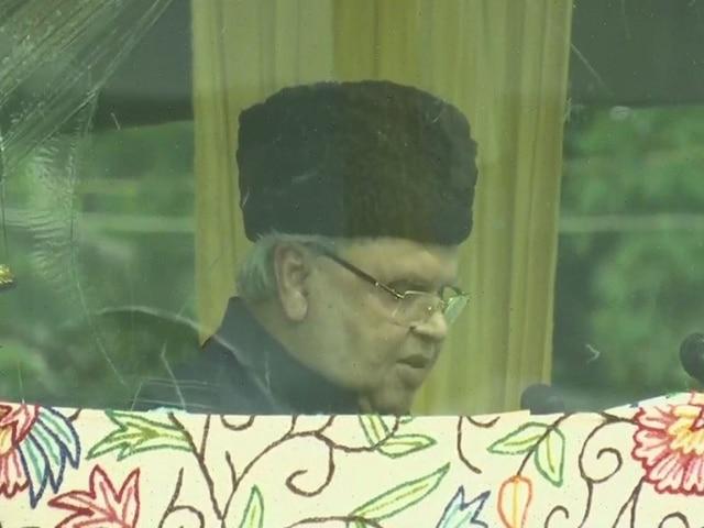 jammu kashmir governor satya pal malik hoists national flag, says Terrorists have given up