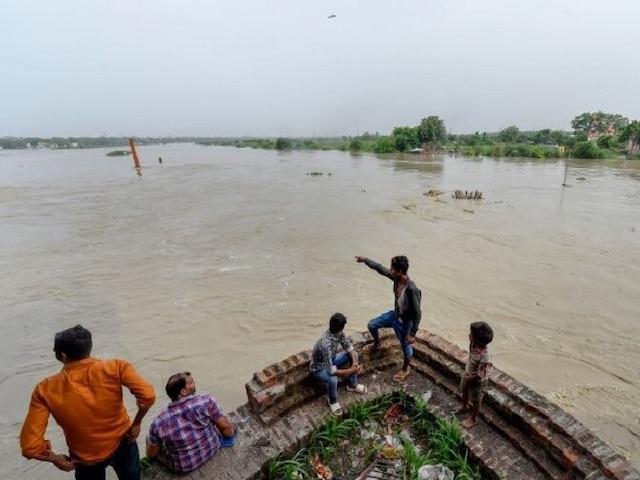 Image result for दिल्ली में बाढ़ की चेतावनी जारी, लाल निशाने के करीब पहुंचा यमुना का जलस्तर