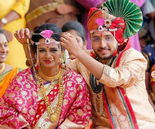 Mrs. Mukhyamantri Cast