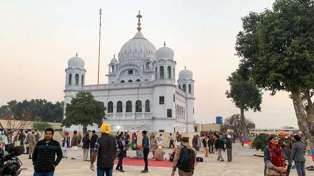 pak will divide the pilgrims going to kartarpur in two categories