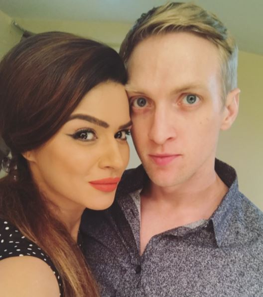 Aashka Brent Goble S Dreamy Wedding Pictures Bandagi: REVEALED! 'Nach Baliye 8' Couple Aashka Goradia-Brent
