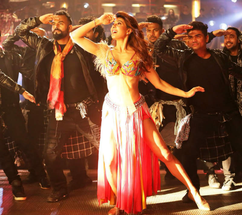 Ek Do Teen Song Baaghi 2 Download Pagalworld: 'Ek Do Teen' SONG OUT! Jacqueline As 'Mohini' Is On FIRE