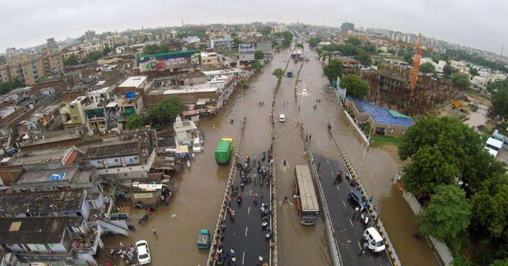 આગામી 24 કલાકમાં ગુજરાતમાં ભારેથી અતિભારે વરસાદની આગાહી, જાણો ક્યાં કેવો વરસાદ પડશે...